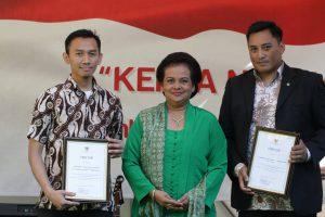 Perwakilan Masjid dan JKI Menerima Penghargaan